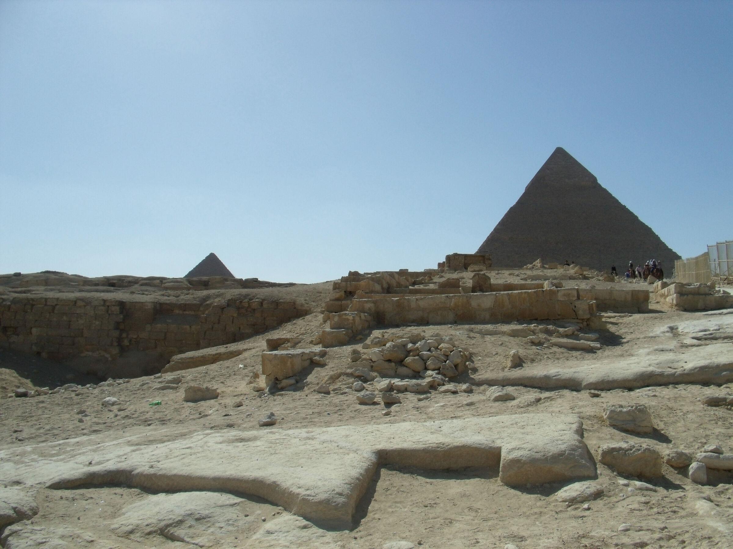 Khafre Pyramid Complex: Site: Giza; View: Khafre Pyramid Complex