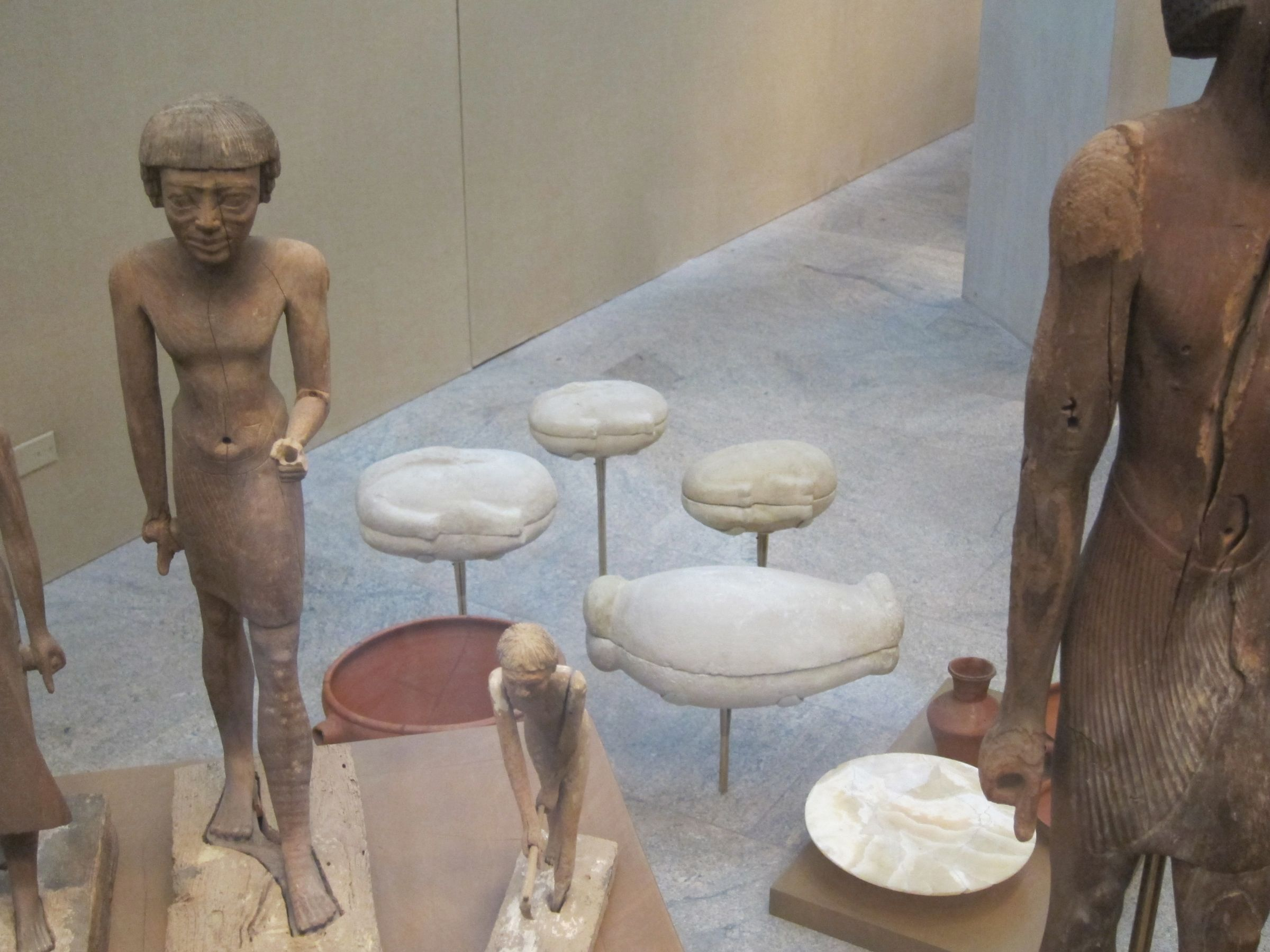 Object(s) photograph: Site: Giza; View: G 2374, G 2381, G 2385