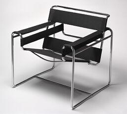 Club Chair (B3)
