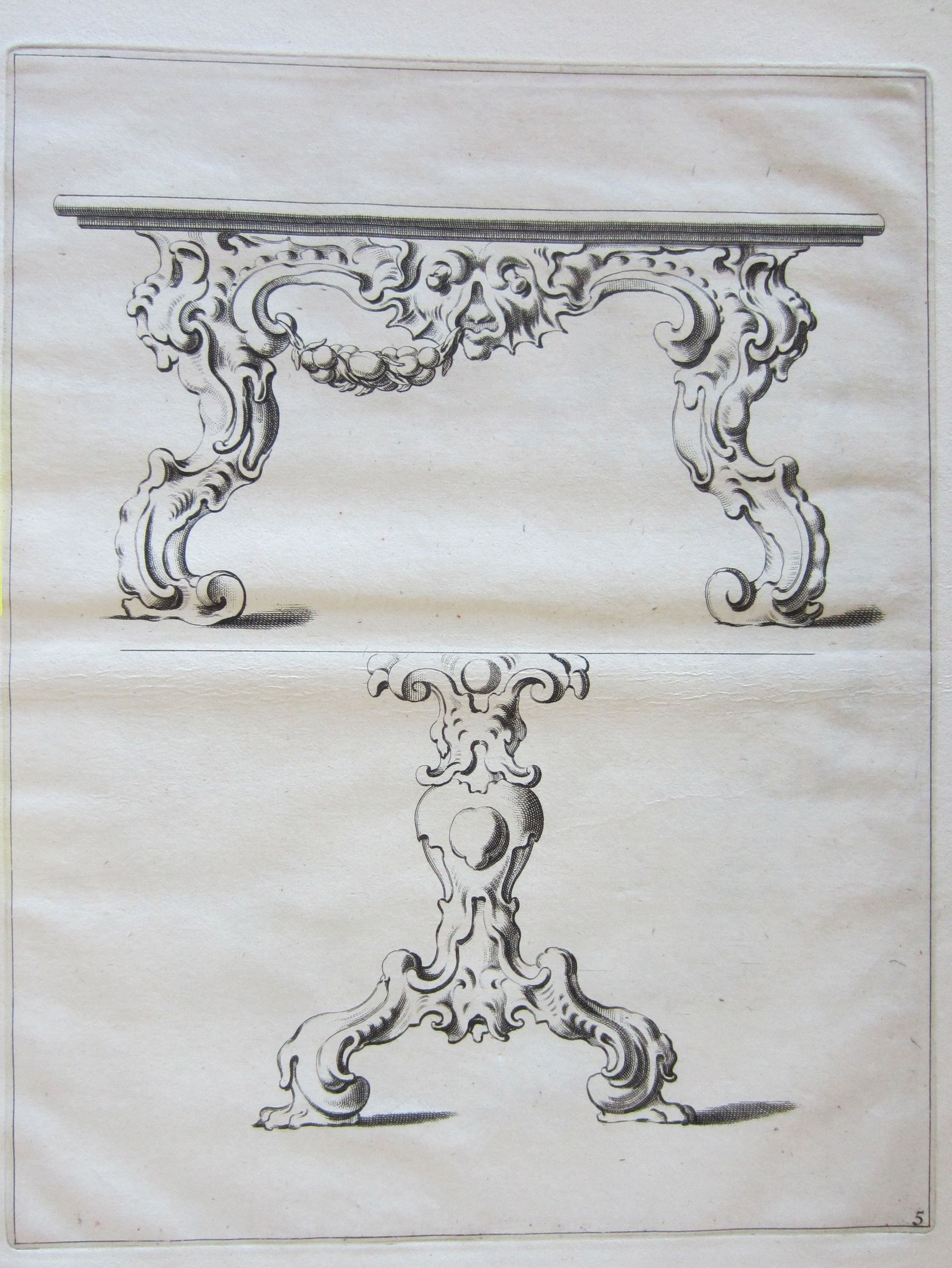 Auricular Designs For A Table And A Pedestal