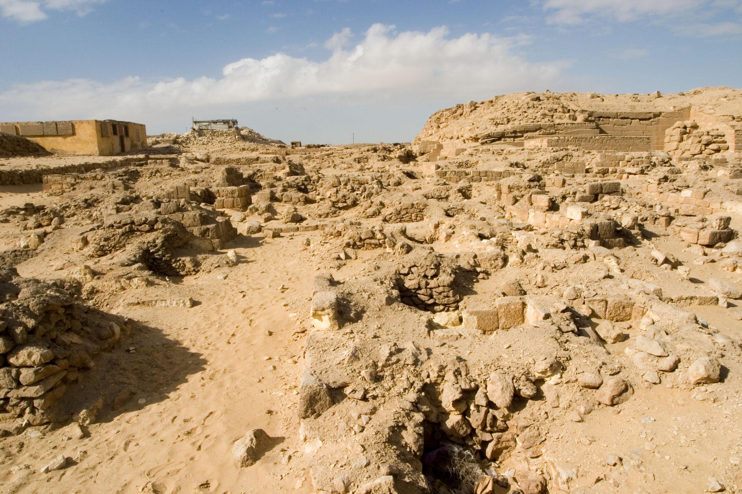 Western Cemetery: Site: Giza; View: G 2009, G 2010, G 2011, G 2012, G 2013, G 2014, G 2015, G 2000