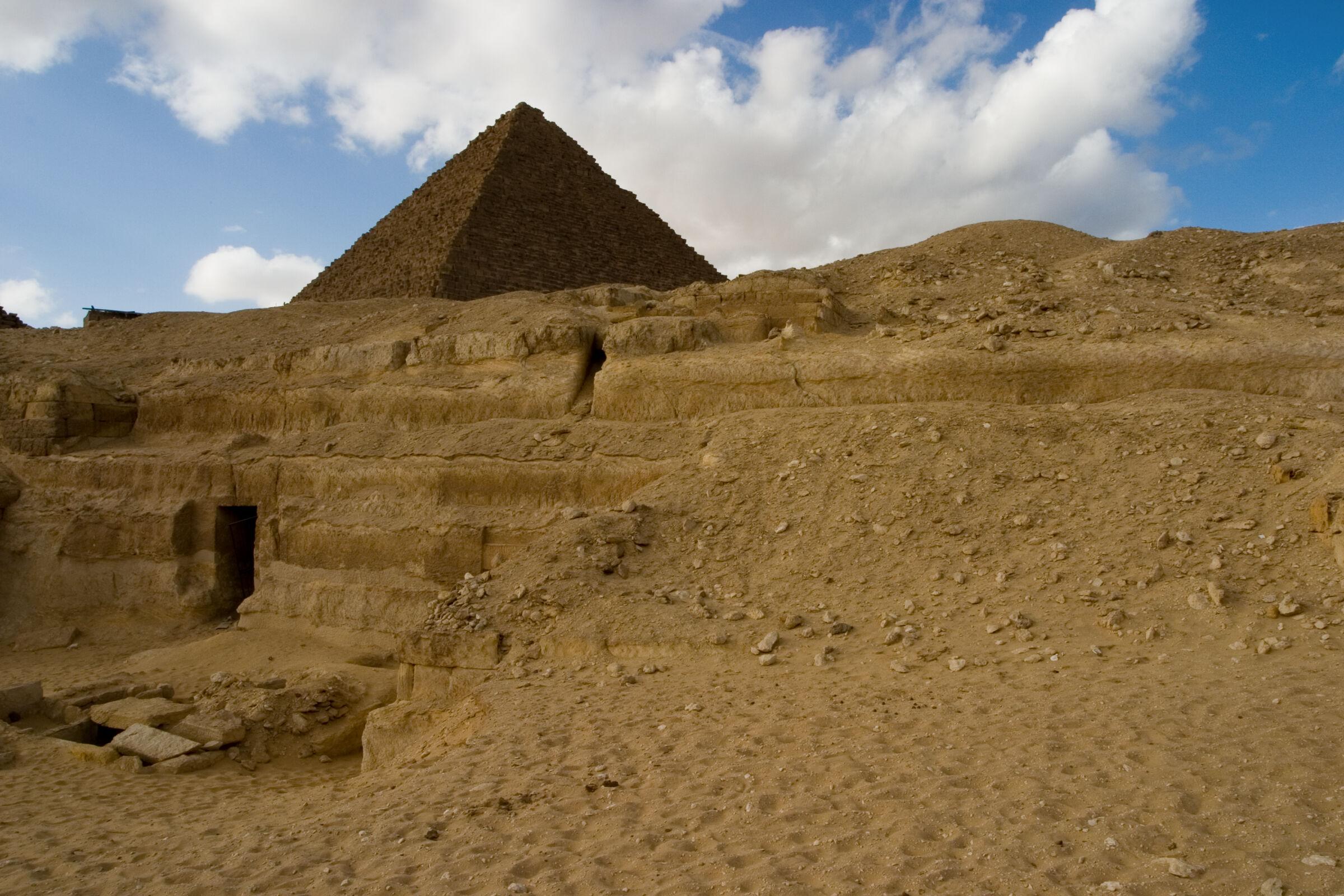 Menkaure quarry cemetery: Site: Giza; View: MQ 132, MQ 131, MQ 121