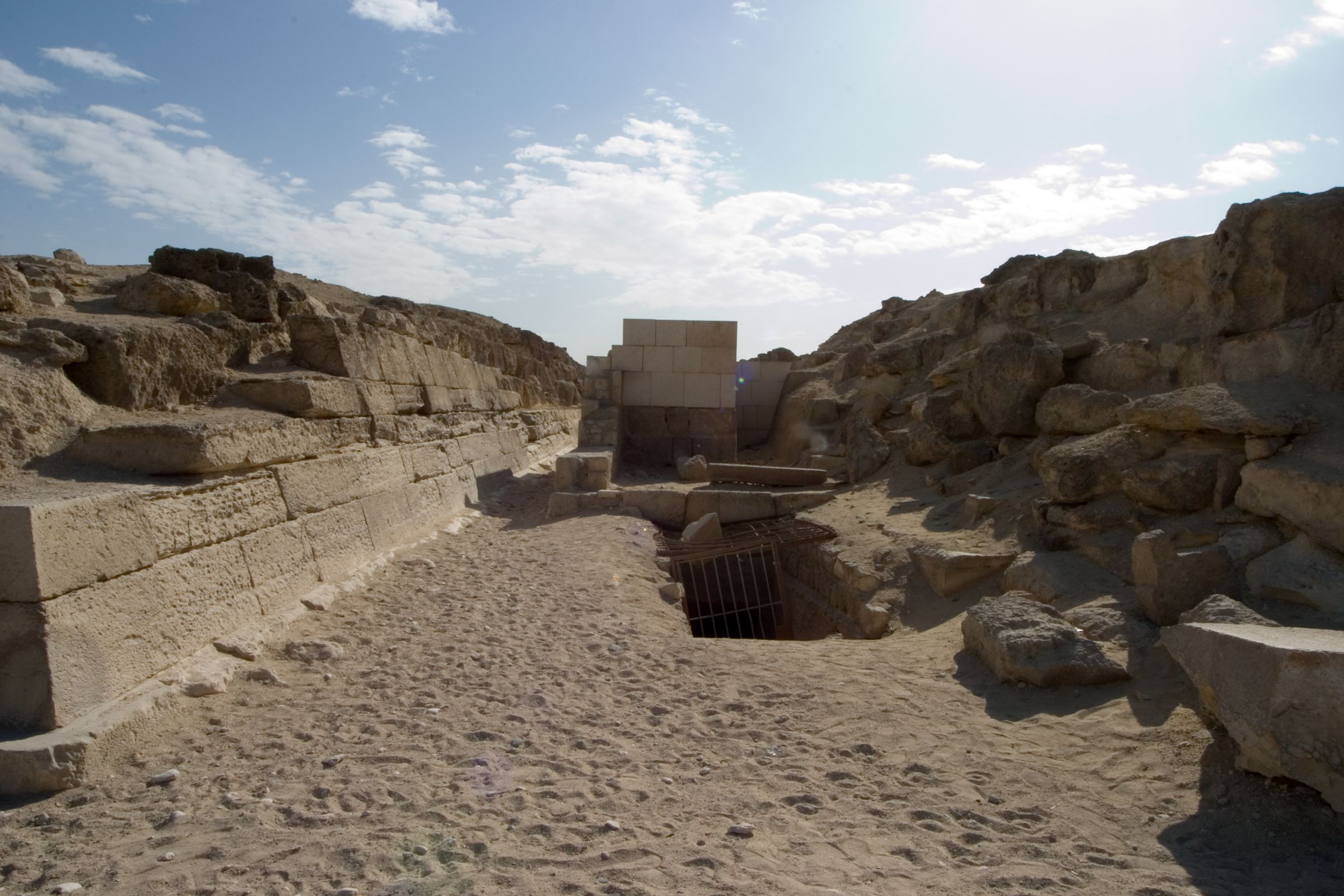 Eastern Cemetery: Site: Giza; View: G 7111
