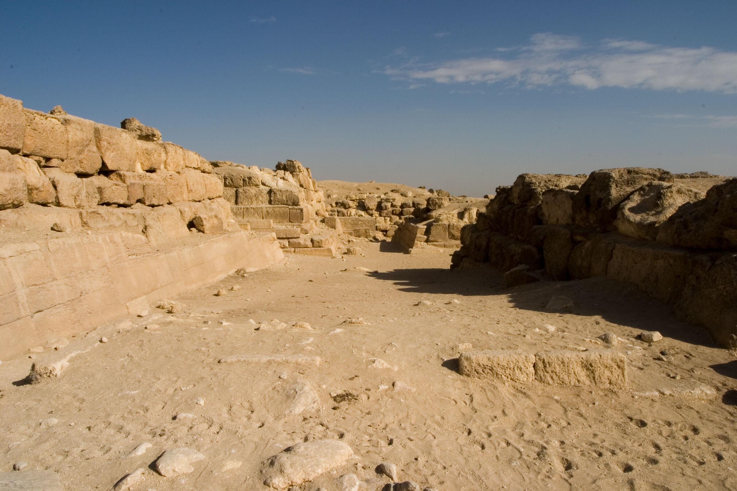 Eastern Cemetery: Site: Giza; View: avenue G 2, G 7510, G 7310-7320, G 7410-7420, G 7330-7340, G 7430-7440
