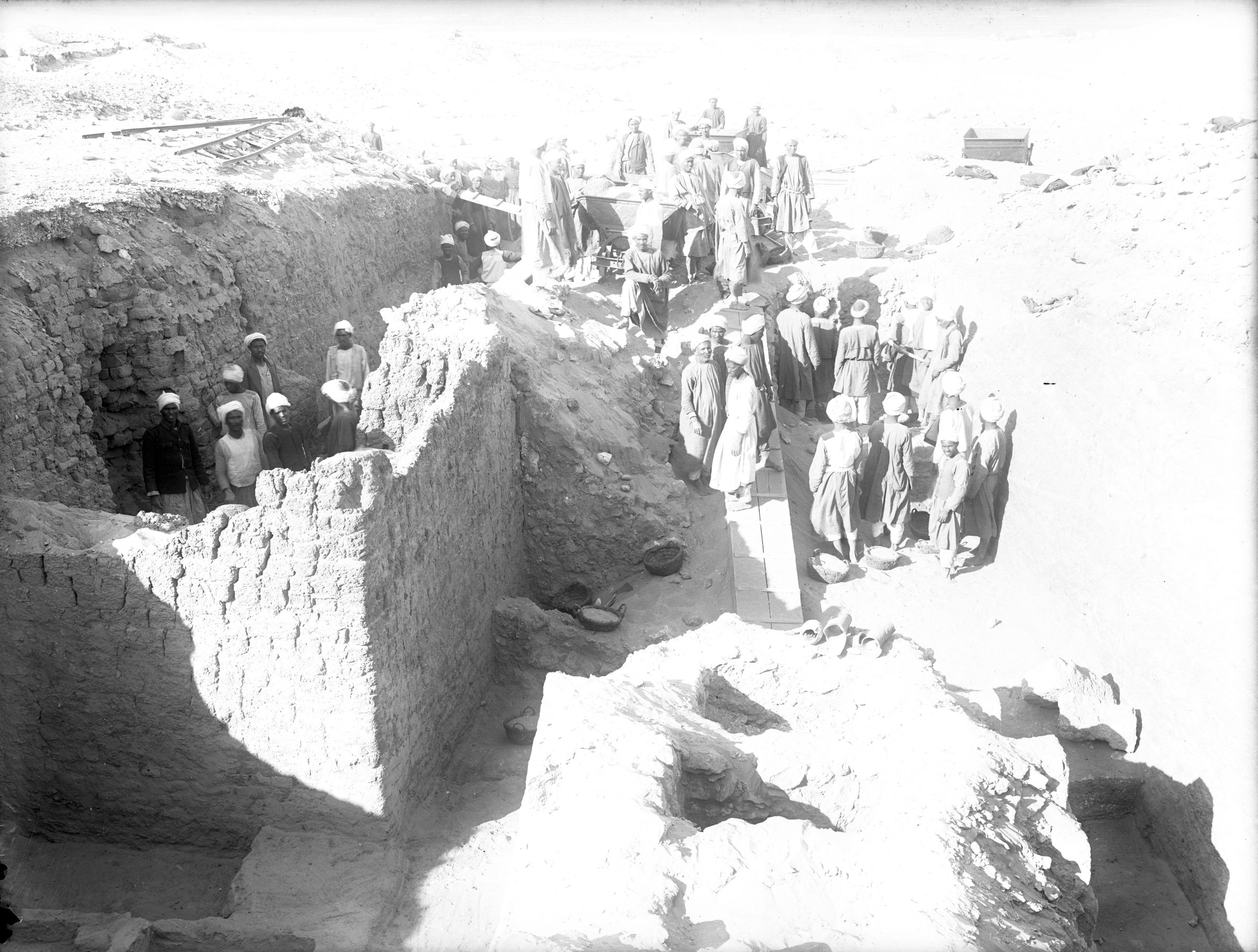 Western Cemetery: Site: Giza; view: G 3041, G 3050