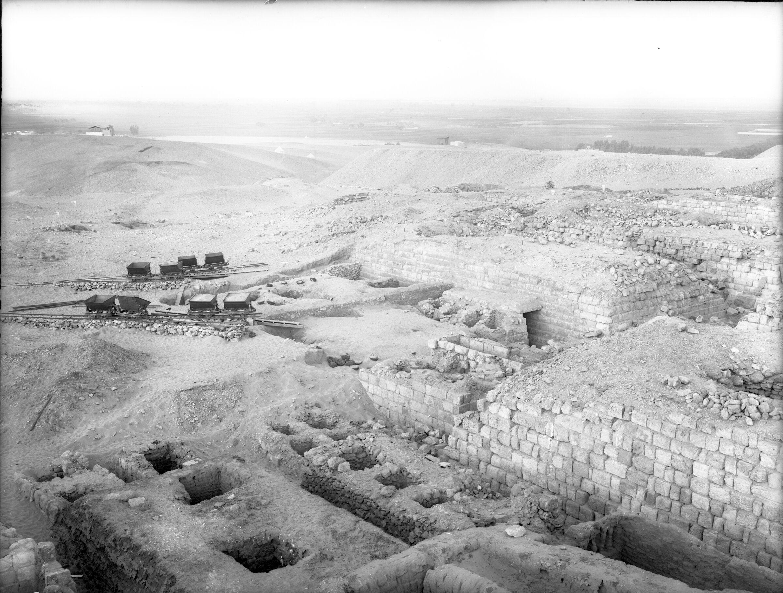 Western Cemetery: Site: Giza; view: Cemetery G 3000, G 1211, G 3091, G 3092