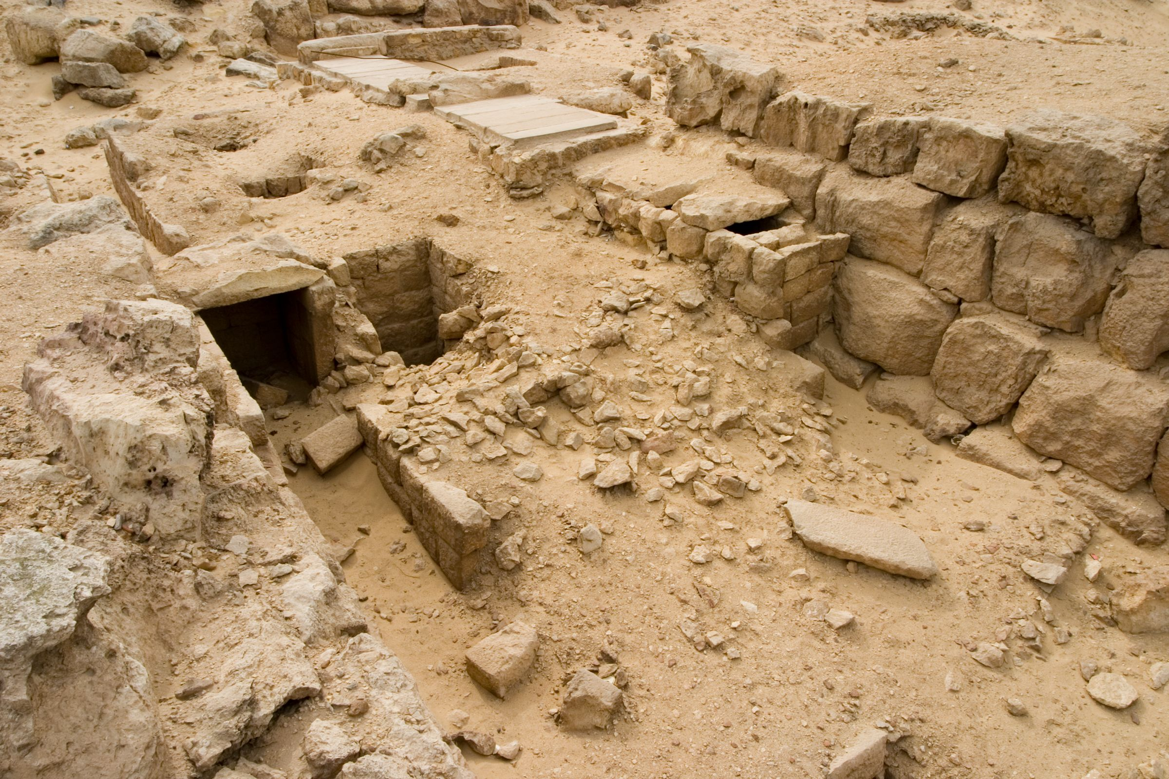 Western Cemetery: Site: Giza; View: G 4516, G 4513