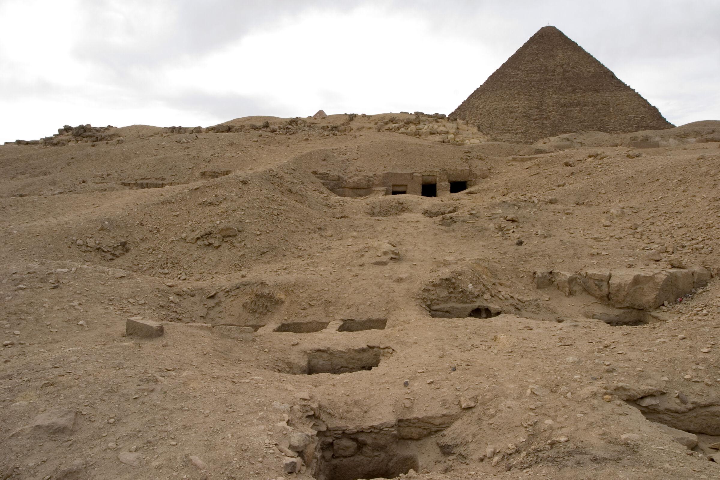 Eastern Cemetery: Site: Giza; View: G 7801-G 7809, G 7811, G 7812a, G 7812b