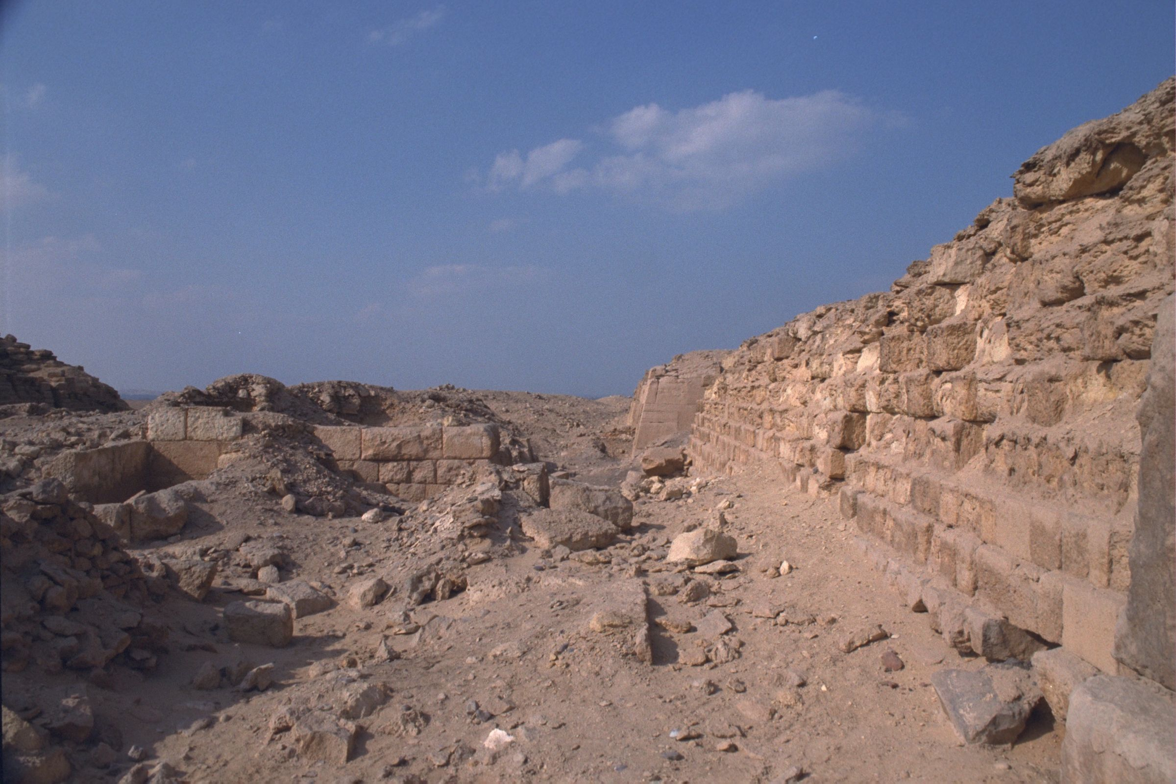 Western Cemetery: Site: Giza; View: G 2021, G 2022, G 2041, G 2100