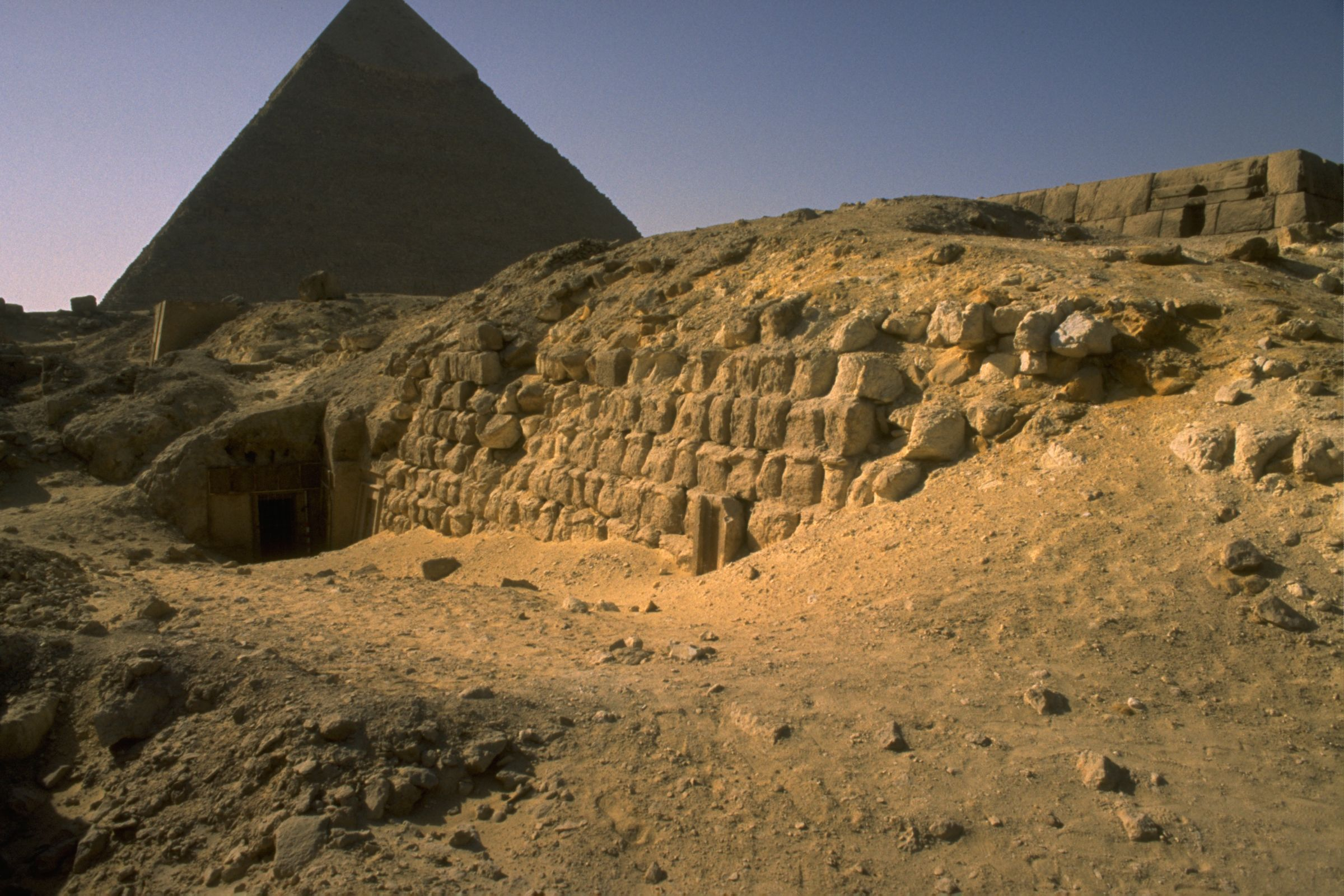 Western Cemetery: Site: Giza; View: G 5040