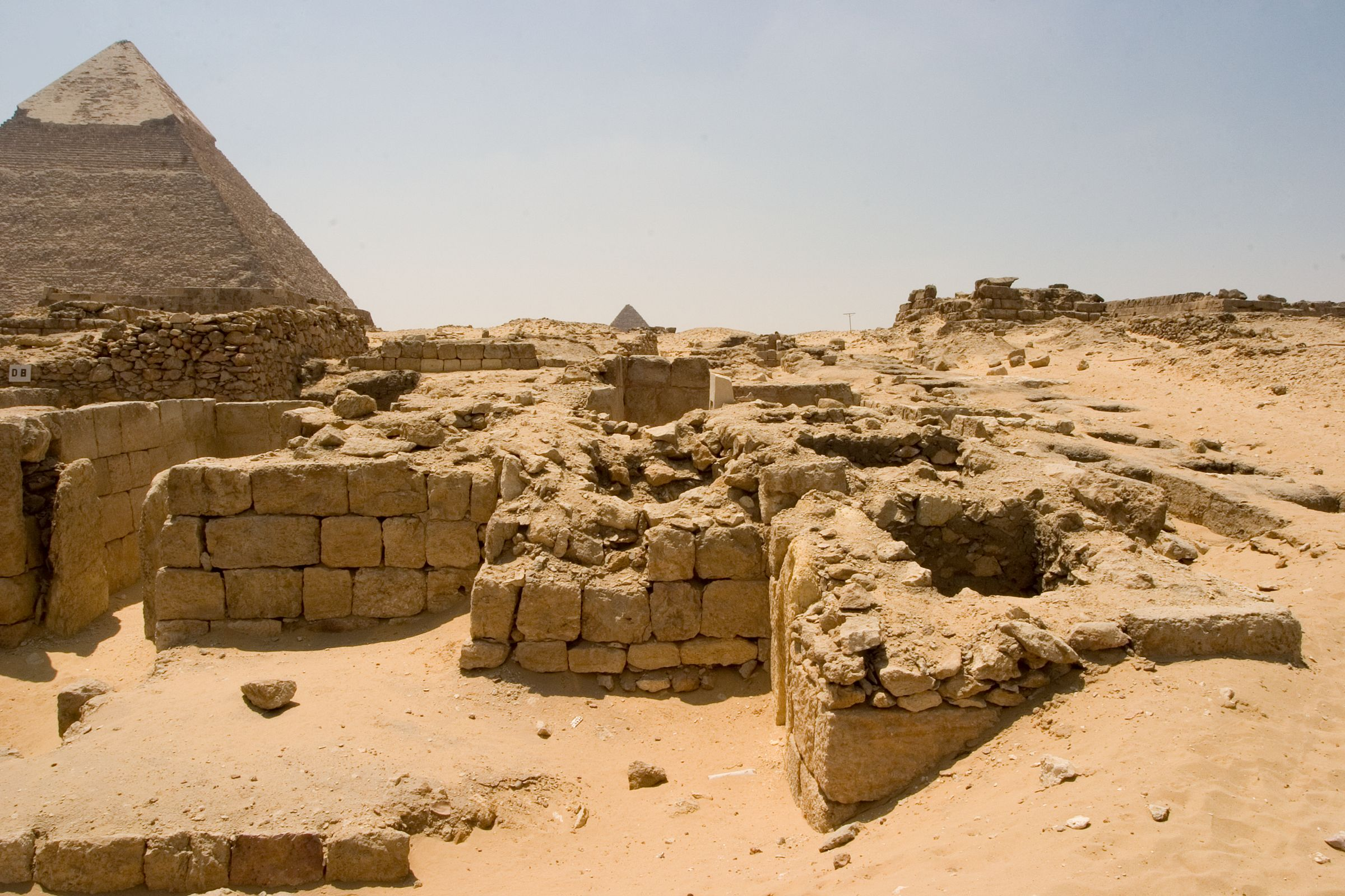 Western Cemetery: Site: Giza; View: D 5, D 2, D 1