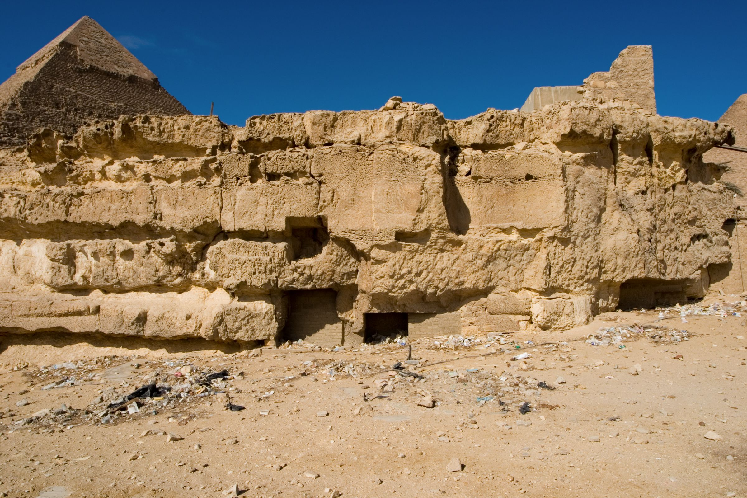Central Field (Hassan): Site: Giza; View: G 8156