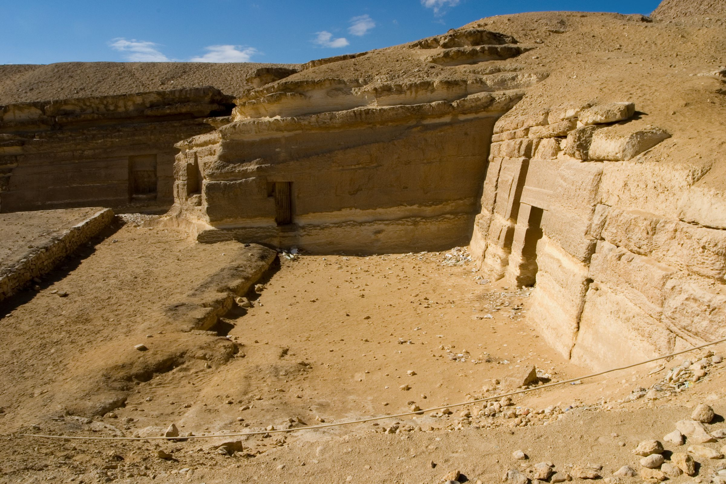 Central Field (Hassan): Site: Giza; View: G 8130, G 8124