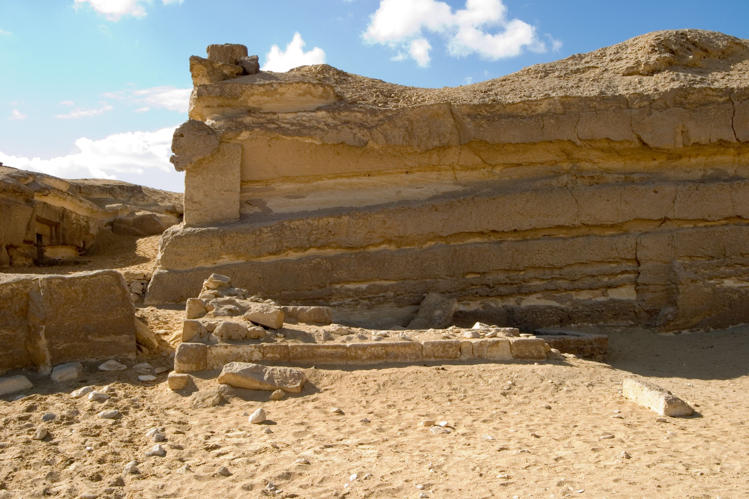 Central Field (Hassan): Site: Giza; View: G 8056