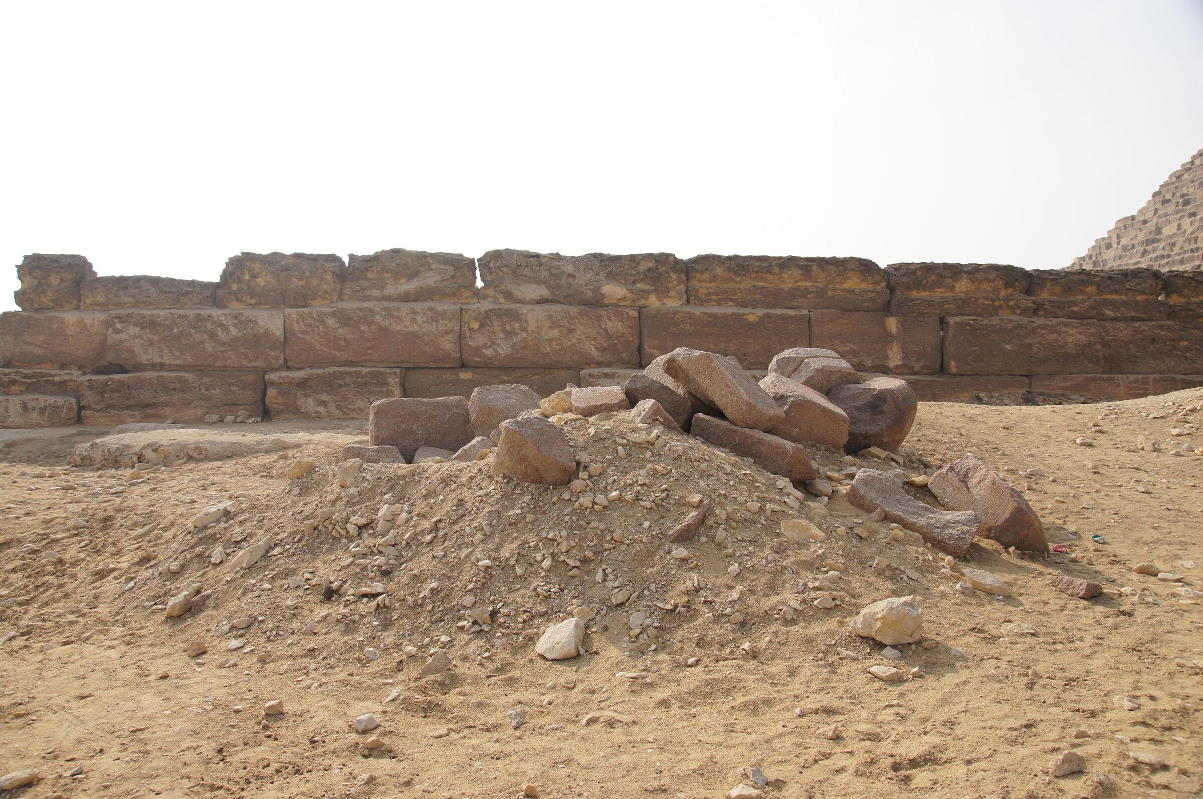 Menkaure Pyramid Complex: Site: Giza; View: Menkaure Pyramid Temple, Menkaure Pyramid