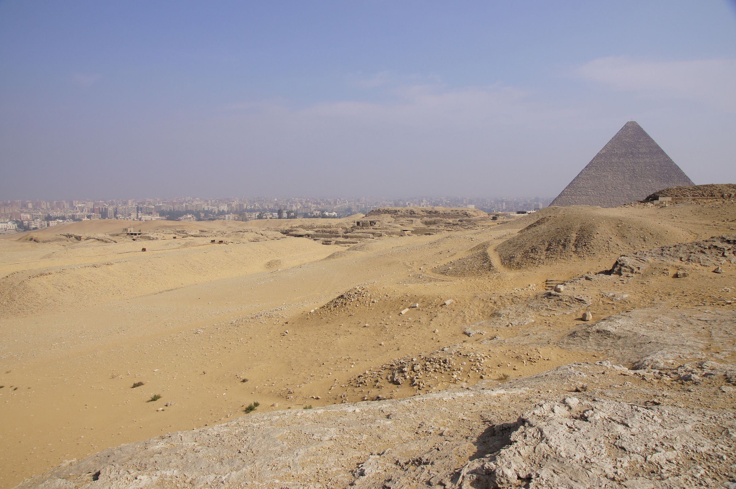 Western Cemetery: Site: Giza; View: Western Cemetery, G 2000, Khufu Pyramid
