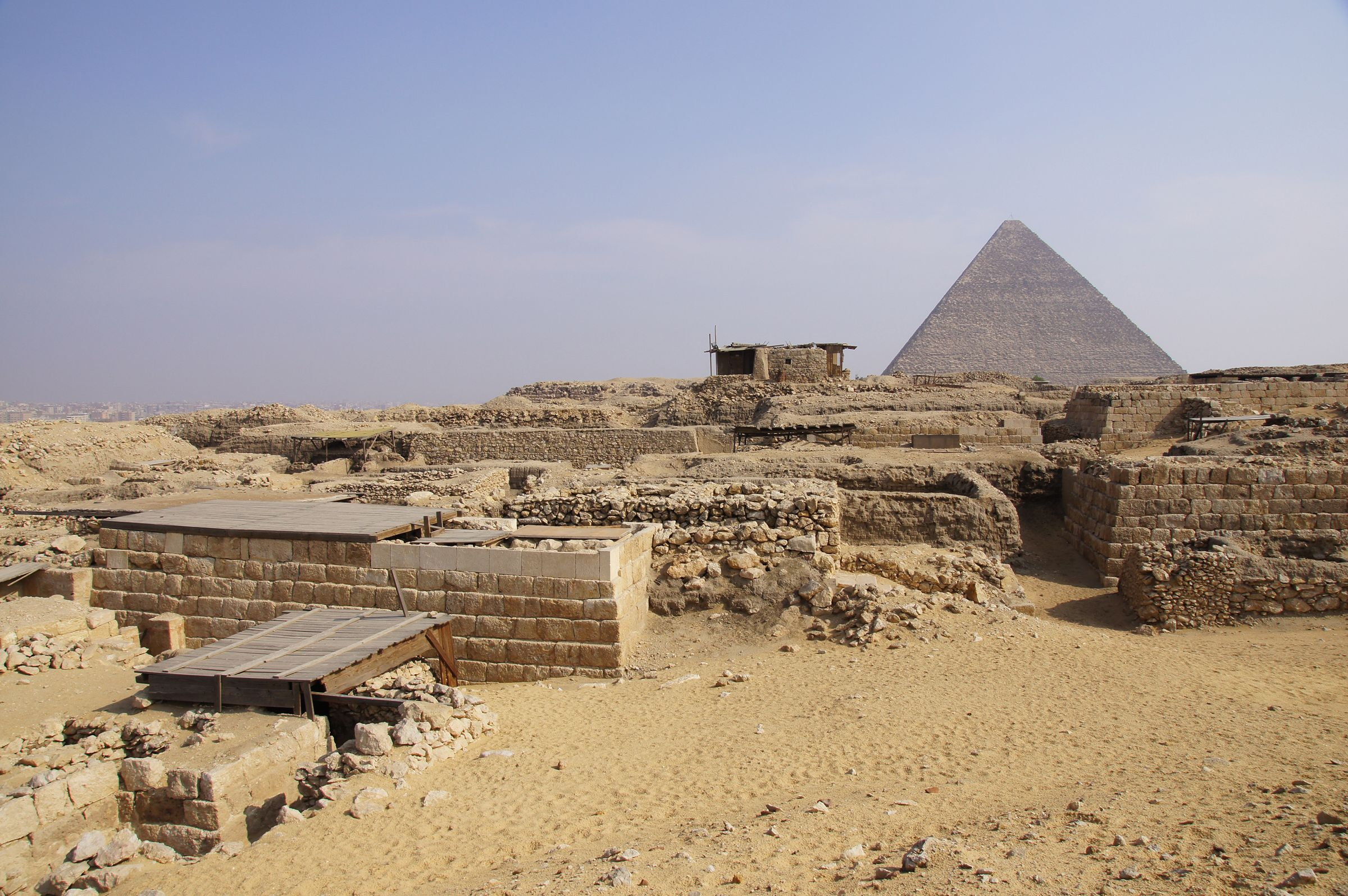 Western Cemetery: Site: Giza; View: Cemetery G 1700, Cemetery G 1800, Khufu Pyramid