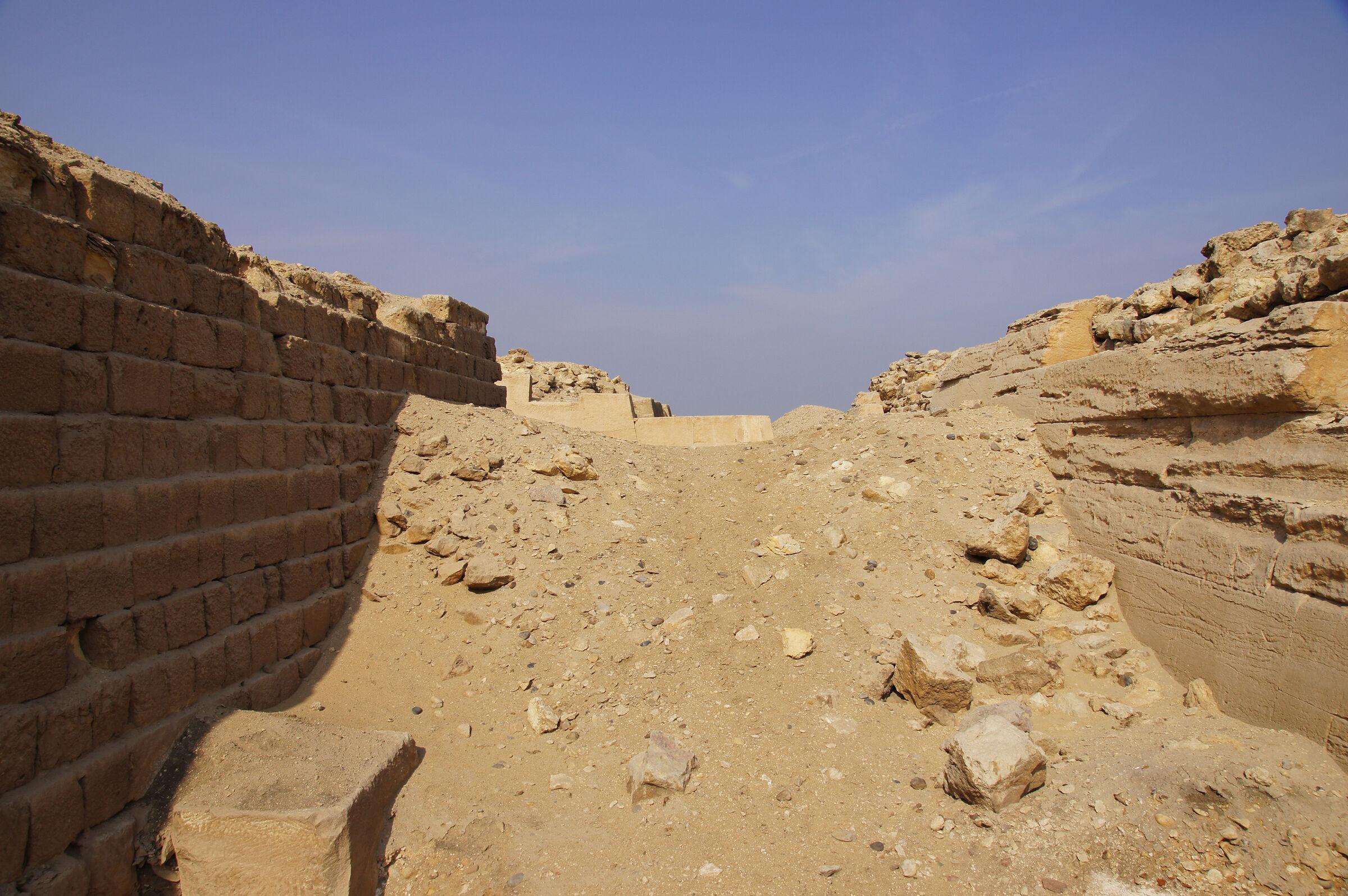 Western Cemetery: Site: Giza; View: G 2100, G 2130, G 2112, G 2114, G 2110