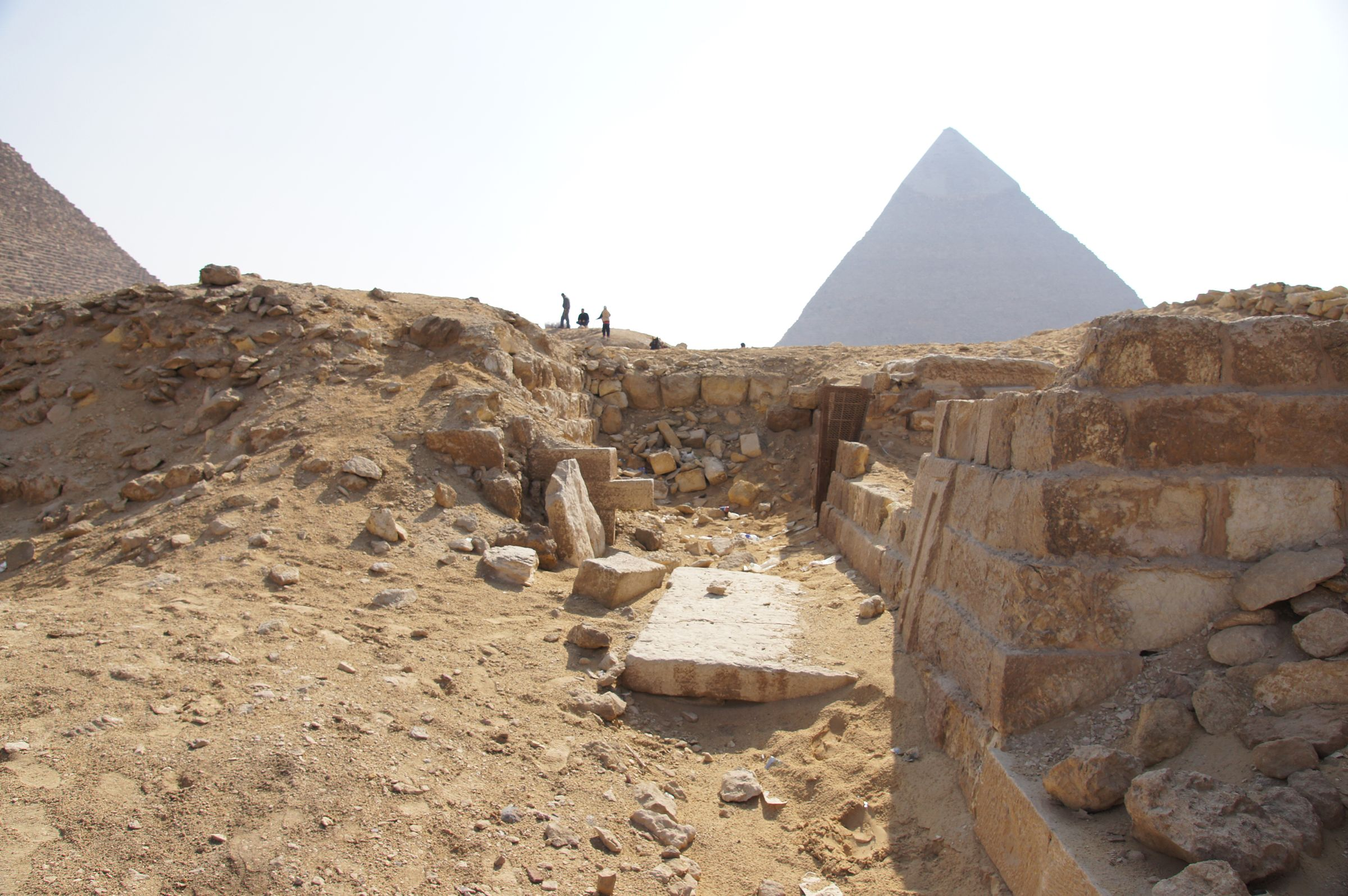 Western Cemetery: Site: Giza; View: G 2184, Khafre Pyramid