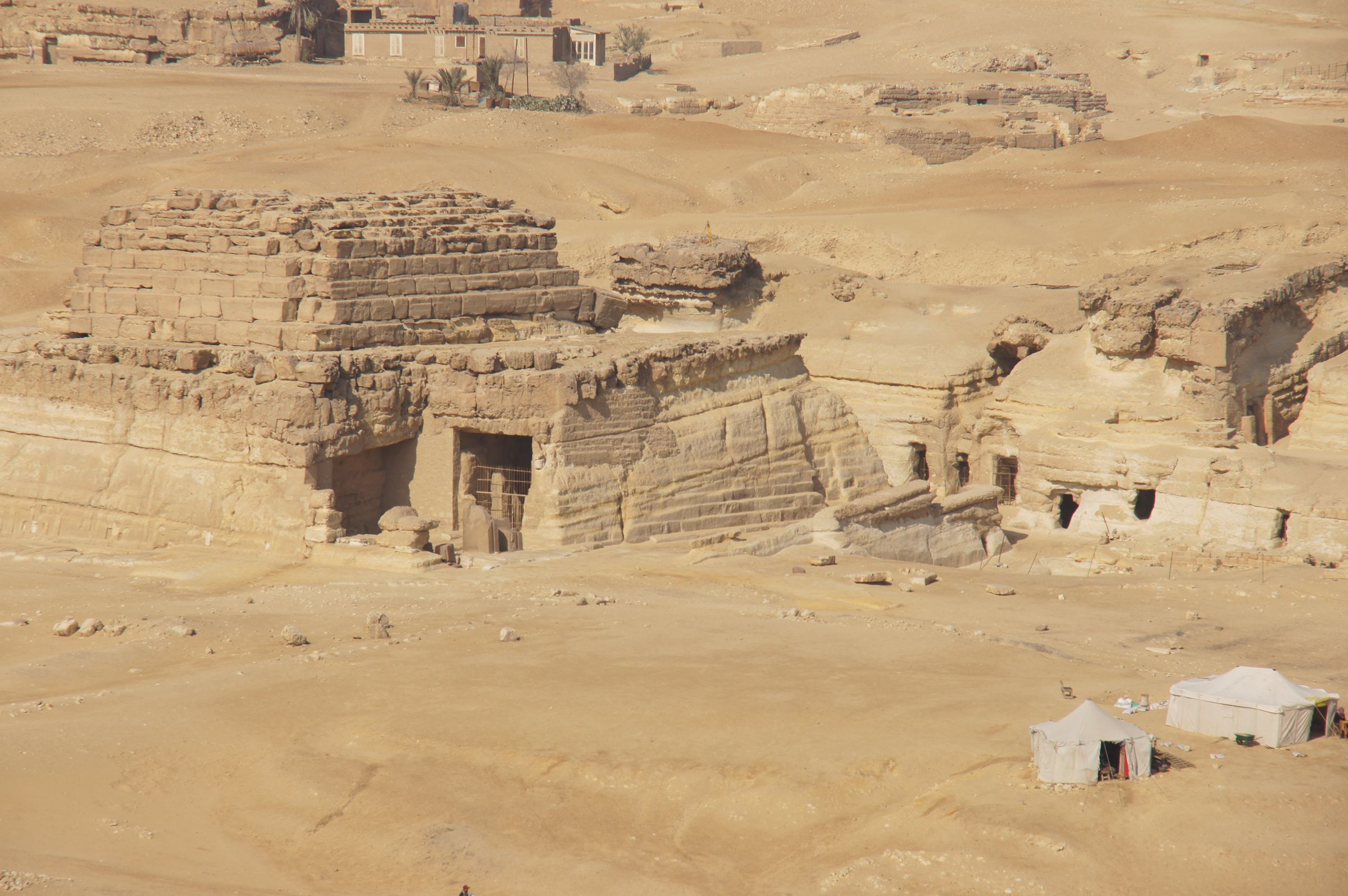 Central Field (Hassan): Site: Giza; View: G 8400, G 8404, G 8418, G 8420, G 8602, G 8606