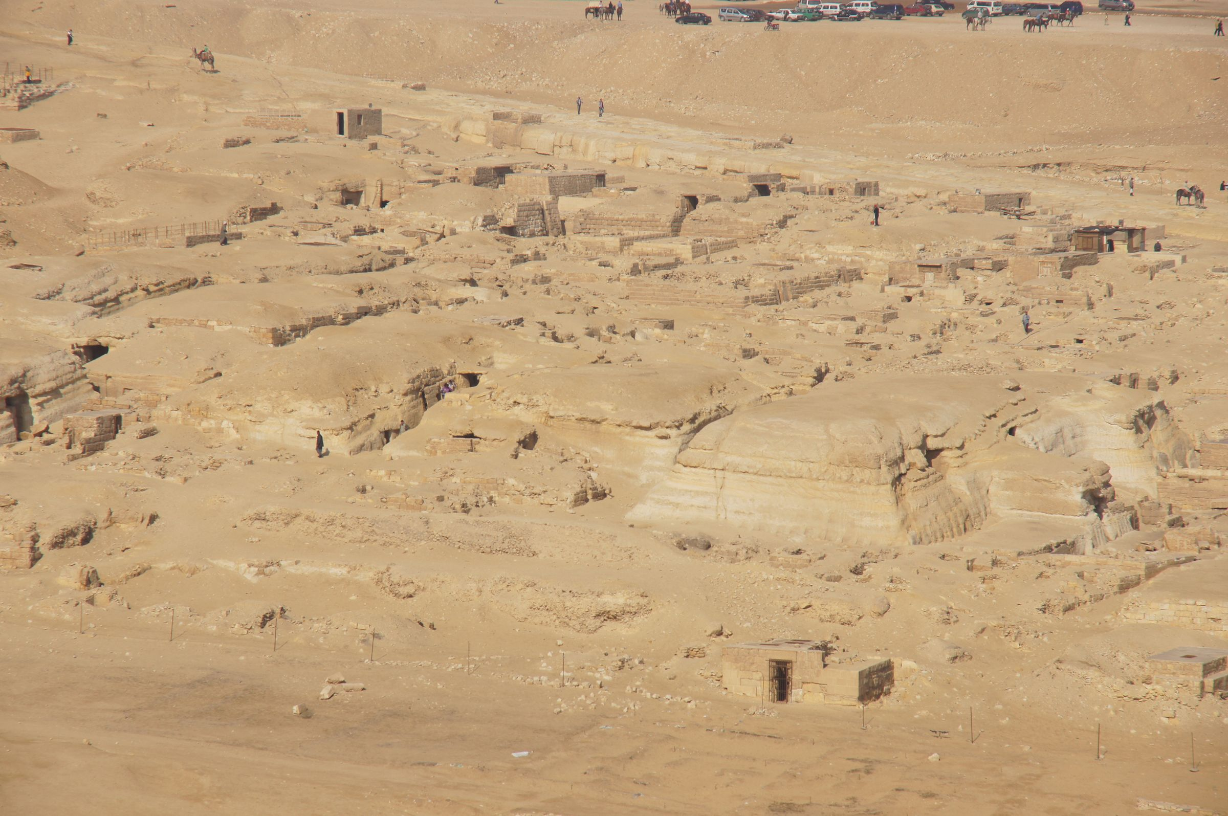 Central Field (Hassan): Site: Giza; View: G 8422, G 8424, G 8658, G 8664, G 8668, G 8656, G 8660, G 8654, G 8655, G 8670, G 8672, G 8702, G 8704, G 8708, G 8712, G 8710, G 8718, G 8716, G 8721, G 8722, G 8720, G 8725, G 8730, G 8732, G 8728, G 8729, G 8861, G 873