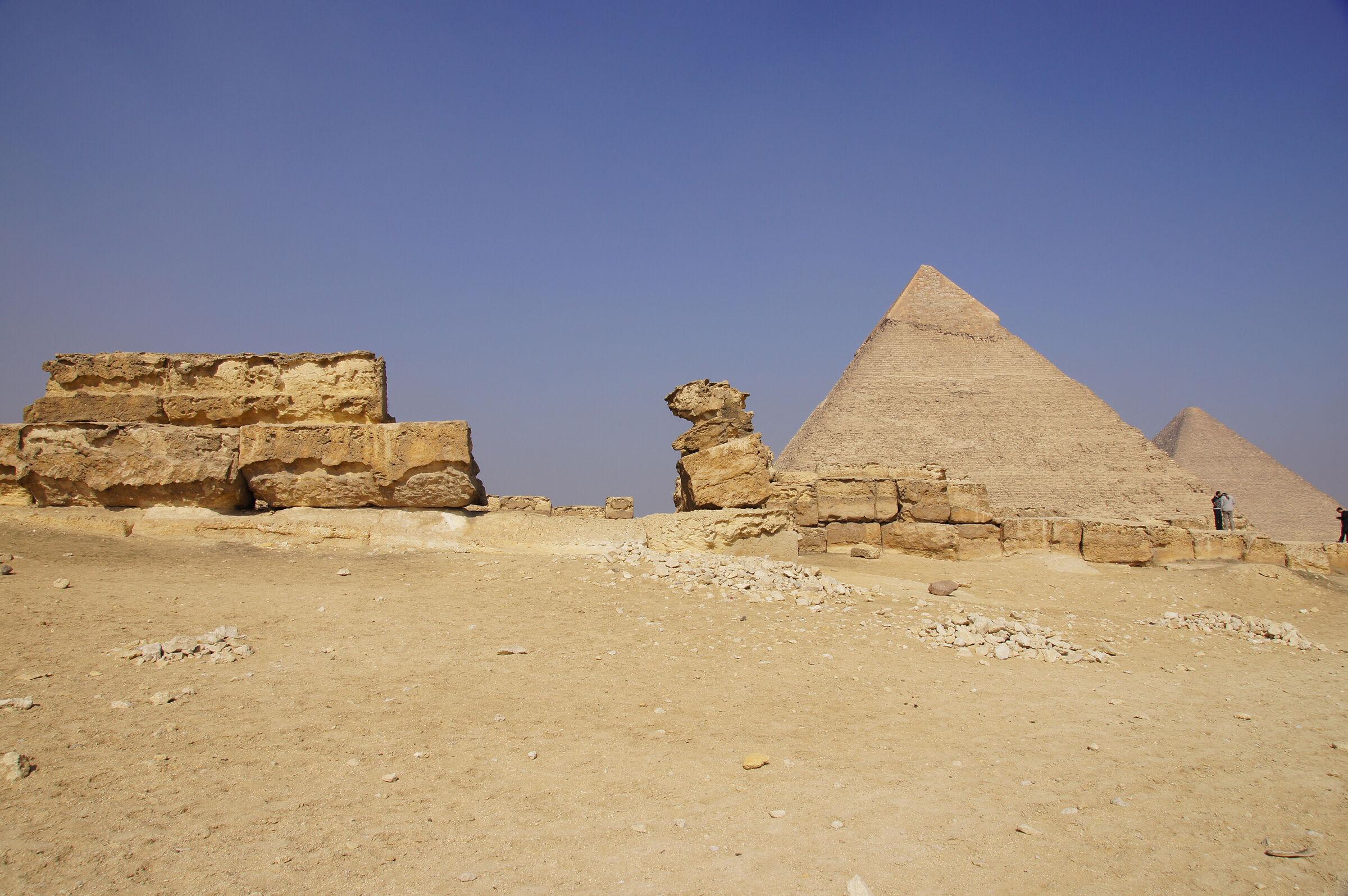 Menkaure Pyramid Complex: Site: Giza; View: Menkaure Pyramid Temple, Khafre Pyramid, Khufu Pyramid
