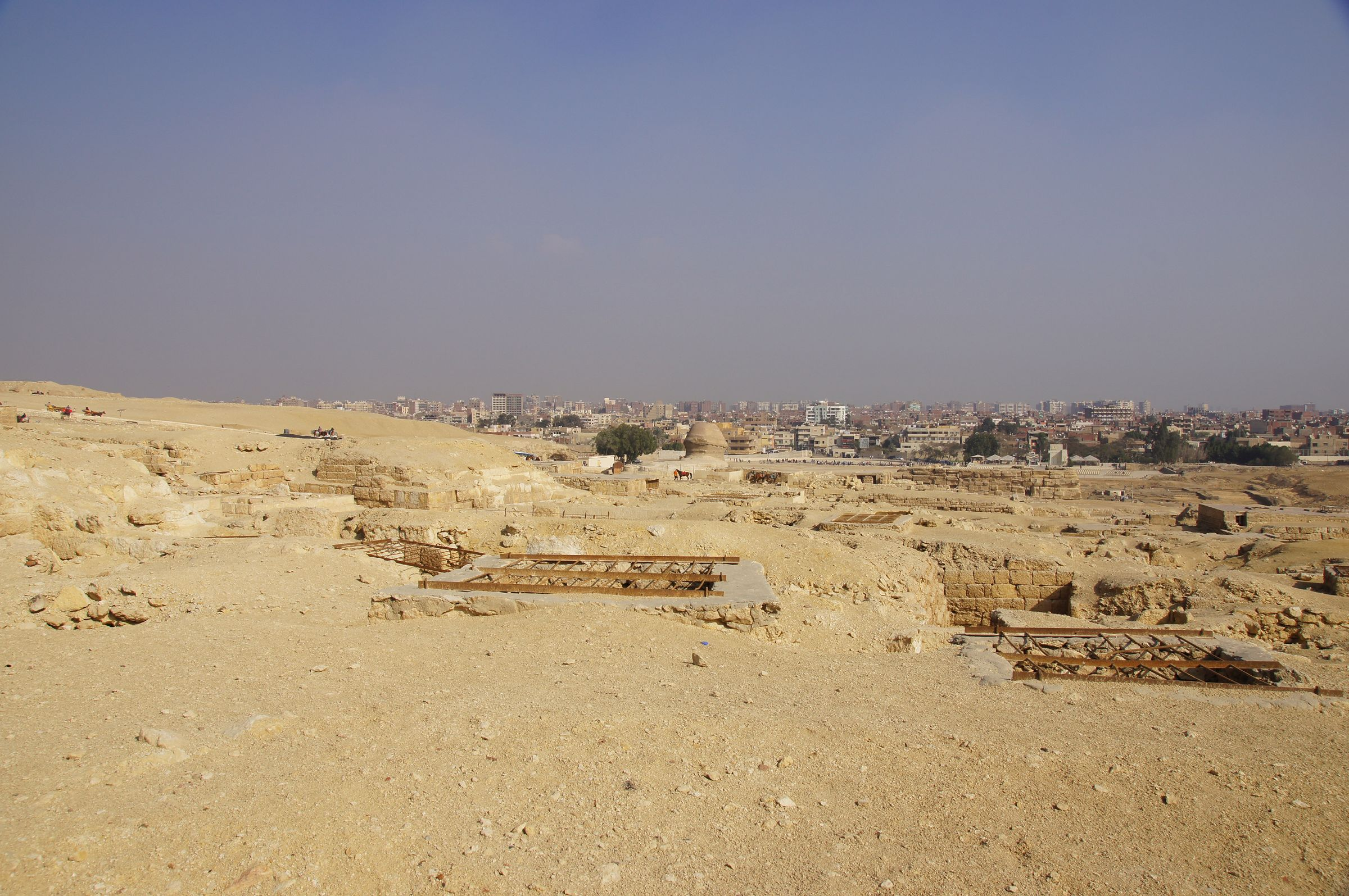 Central Field (Hassan): Site: Giza; View: G 8496, G 8514