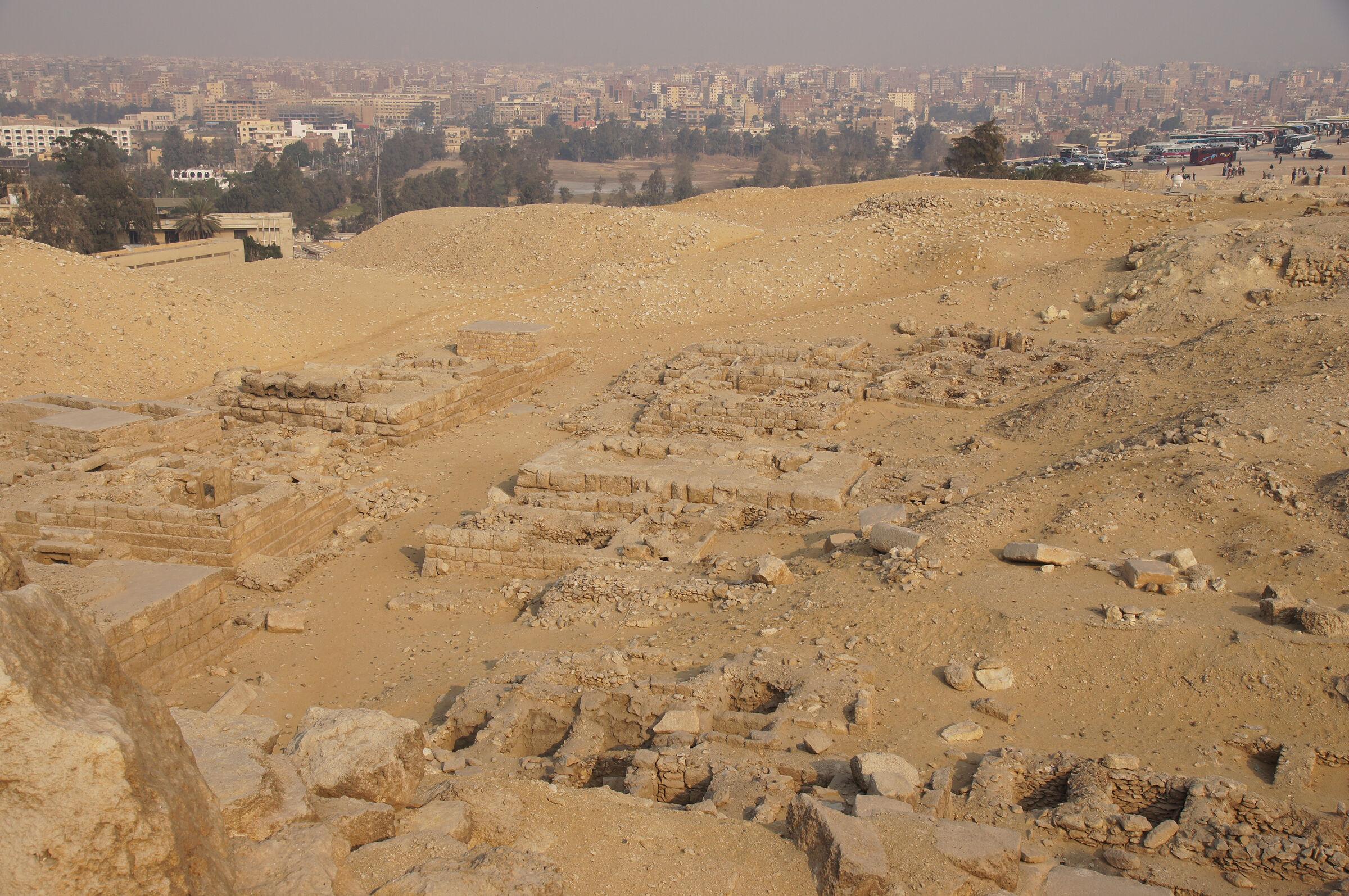 Western Cemetery: Site: Giza; View: G 2088, G 2087, G 2086, G 2084, G 2230+2231, G 2501, G 2502, G 2077, G 2076, G 2075, G 2072, G 2072a, G 2074, G 2071, G 2061, G 2234, G 2235, G 2236, G 2232, G 2233, G 2238, G 2239, G 2509
