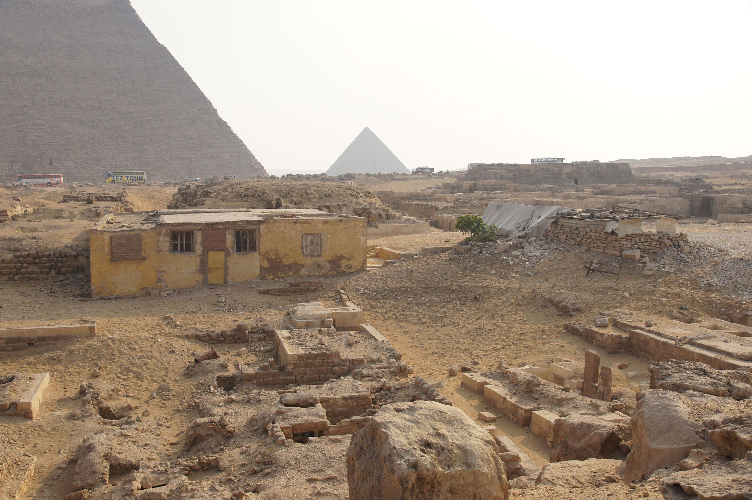 Western Cemetery: Site: Giza; View: S 2228/2231, S 2221/2224, S 2430/2449, S 2217, S 2219, S 2434, D 110, S 2191/2199, S 2215?, S 2437?, Sensen, S 2441/2446, D 108, S 2181/2260, S 2435/2443, D 107, D 105, Niankhhathor, D 213, D 212, D 211, D 214, D 210, G 4160, G 4000