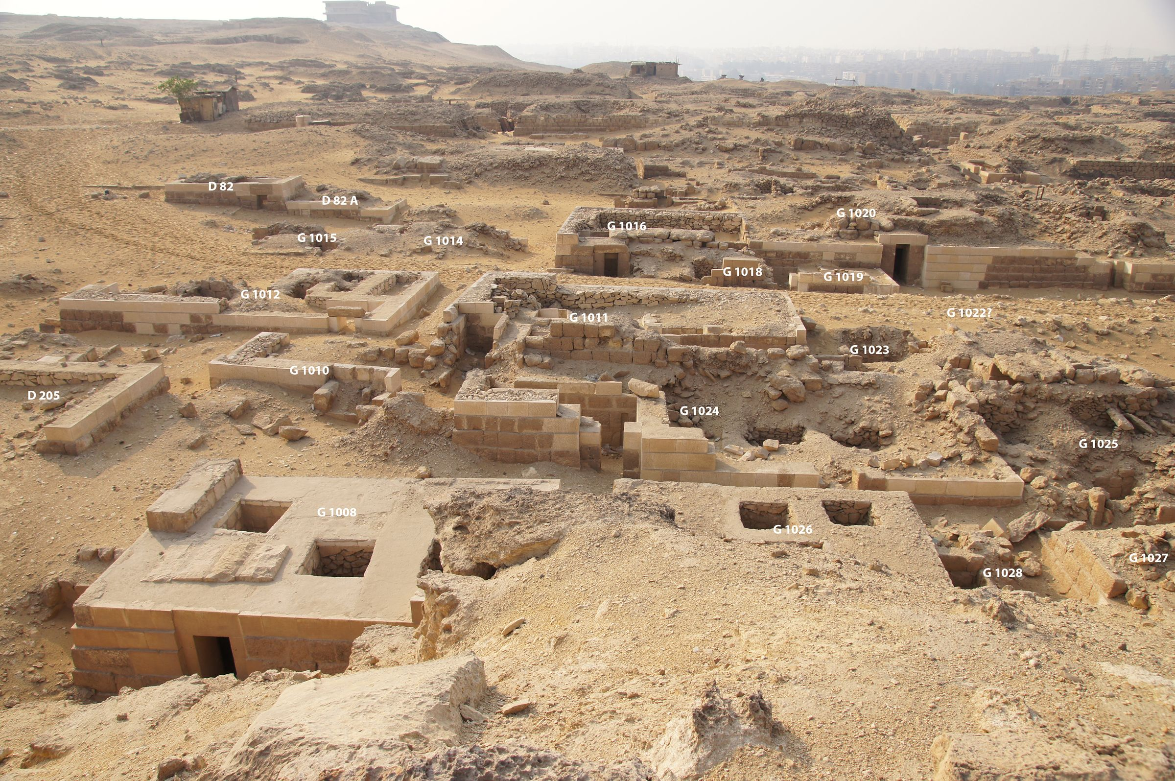 Western Cemetery: Site: Giza; View: G 1008, G 1026, G 1028, G 1027, D 205, G 1010, G 1024, G 1025, G 1012, G 1011, G 1023, G 1022?, G 1015, G 1014, G 1016, G 1018, G 1019, G 1020, D 82+82 A