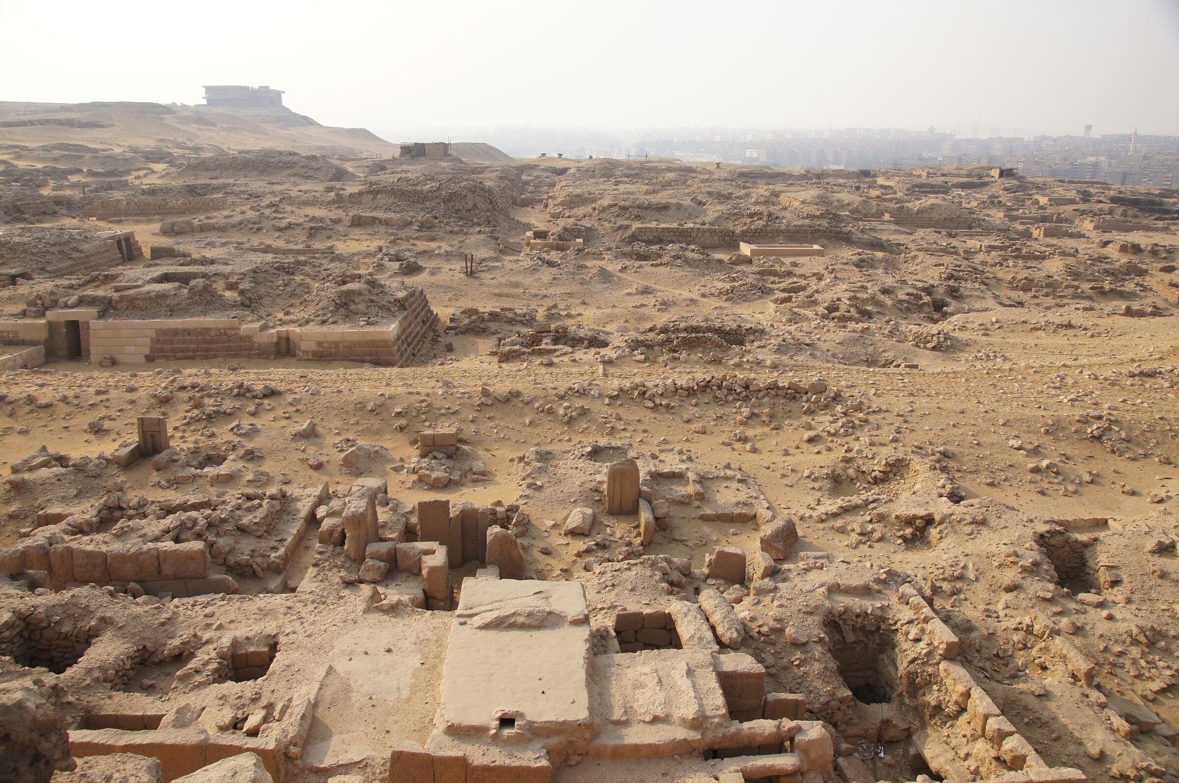 Western Cemetery: Site: Giza; View: G 1029, G 1047, G 1048, G 1031, G 1044, G 1045+1046, G 1065, G 1054, G 1042, G 1043, G 1036, G 1038, G 1020, G 1151, G 1152, G 1201