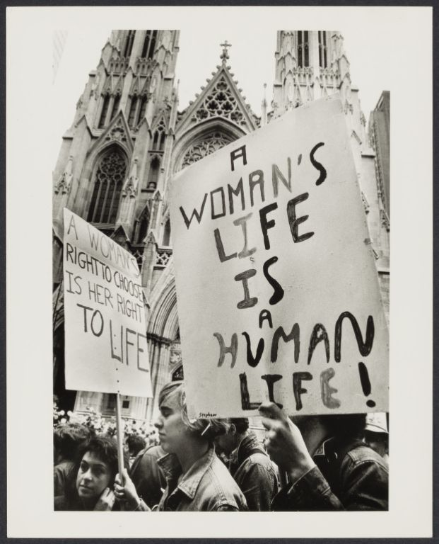 Pro-choice demonstration at St. Patrick's Cathedral