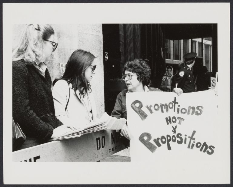 """""""Women Office Workers"""" organization demonstrate in front of NYC Playboy Club"""