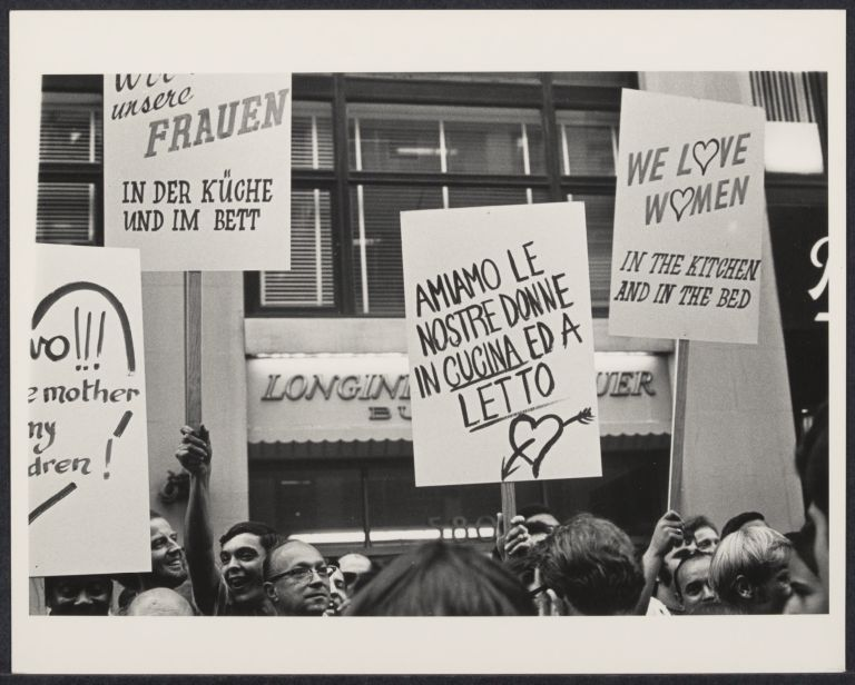 Demonstrators opposed to women's liberation