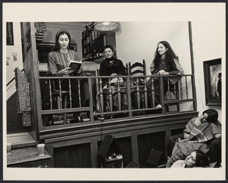 The Woman's Salon