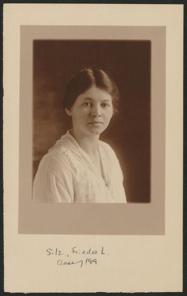 Portrait of Frieda Silz, 1919.
